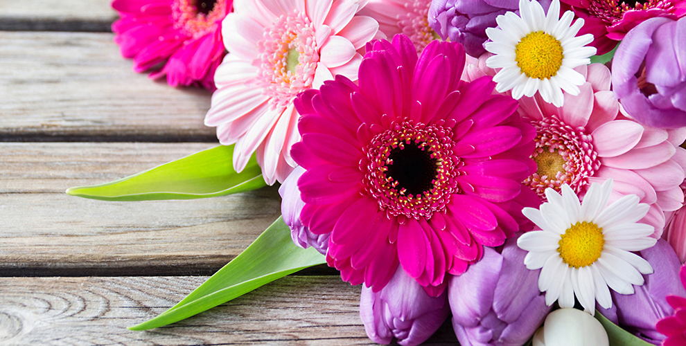 """Композиции из цветов в шляпных коробках и не только в салоне """"Арабеска"""""""