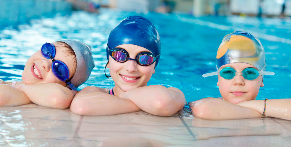 Обучение плаванию детей с инструктором в бассейне «СИУ-Спорт»