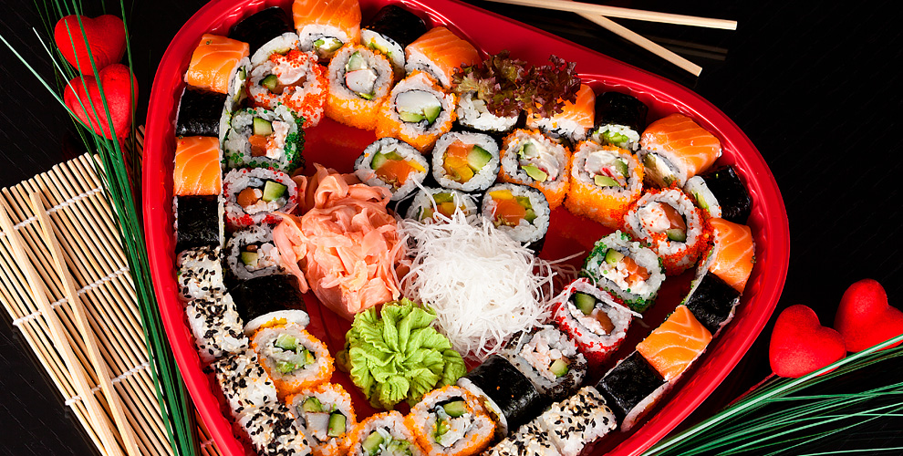 «Академия Суши»: меню кухни: роллы, горячие роллы, суши, сеты, коробочки ВОКипицца
