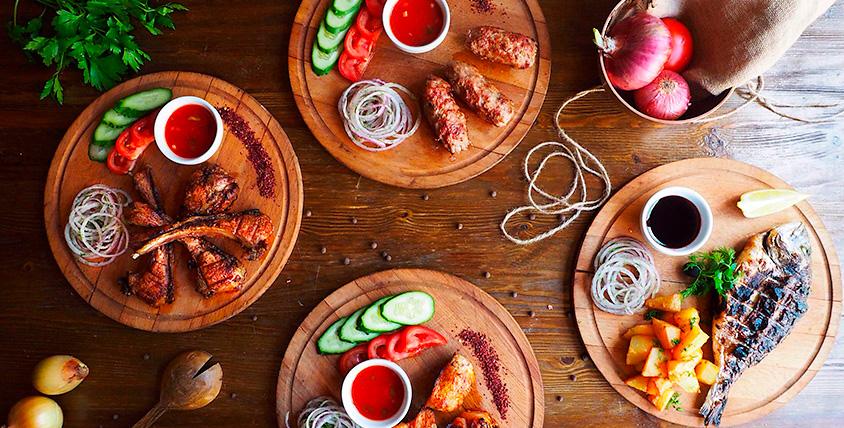 """Восточные блюда, домашний виноградный напиток и не только в сети кафе """"Шашлык-Хауз"""""""
