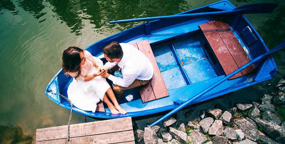 Прокат лодки, катамарана, шезлонга иигра вбадминтон впарке Сокольники