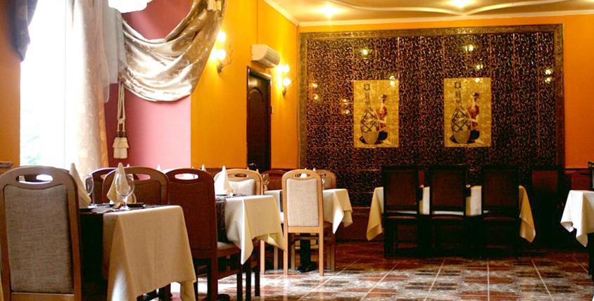 """Восточный колорит и кухня с богатым спектром вкусов и ароматов в индийском ресторане """"Аромасс"""""""