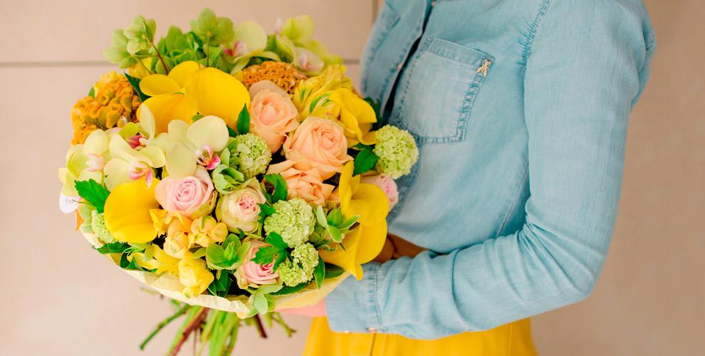Букеты, розы, альстромерии, хризантемы, эустомы  в сети цветочных магазинов «ГринЛав»