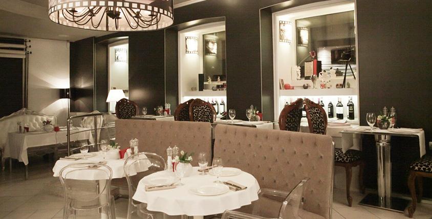 Все меню авторской и европейской кухни в ресторане Charisma cafe. Окажитесь в эпицентре модной съемки!