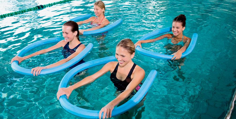 Аквааэробика, занятия фитнесом инавелнес-тренажерах вклубе SportFamilyClub