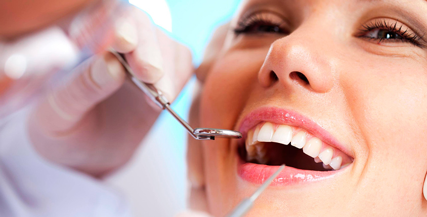 """Профессиональная гигиена полости рта и сертификат на лечение зубов в клинике """"Диадема"""""""