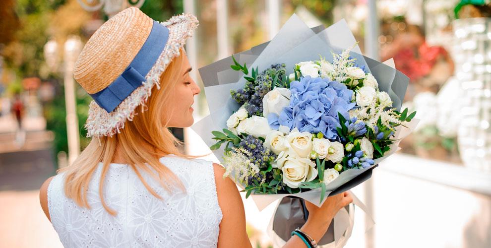 Розы Голландия ибукеты вцветочном салоне Flower meadow