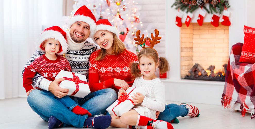 Новогодняя, семейная иинтерьерная фотосессии встудииотфотографа Вебер Андрея