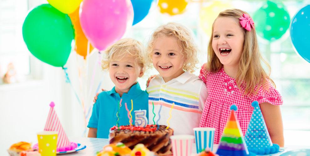 Игровая комната «Семицветик»: проведение праздника сигровой программой и шары