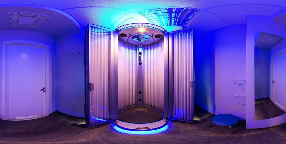 Посещение вертикального солярия в салоне красоты «Элен»