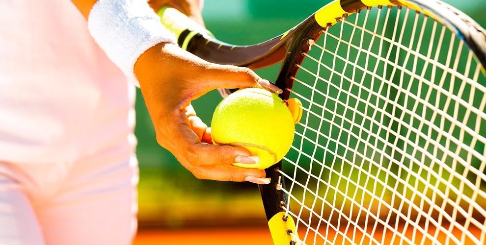 Занятия большим теннисом для взрослых и детей в теннисном клубе Liga tennis