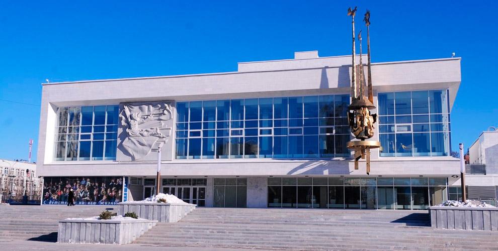 Екатеринбургский ТЮЗ приглашает детей и взрослых на спектакли