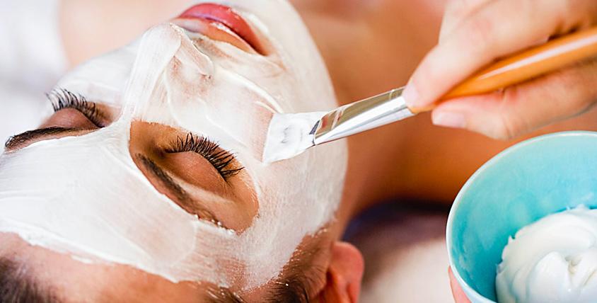 Комбинированная и УЗ-чистка лица, пилинг, хиромассаж и лечение проблемной кожи в кабинете косметолога Юлии Ивановой