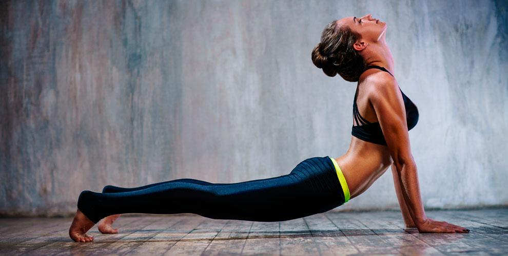 Занятия стретчингом, фитнесом в студии шпагата и растяжки Elastica