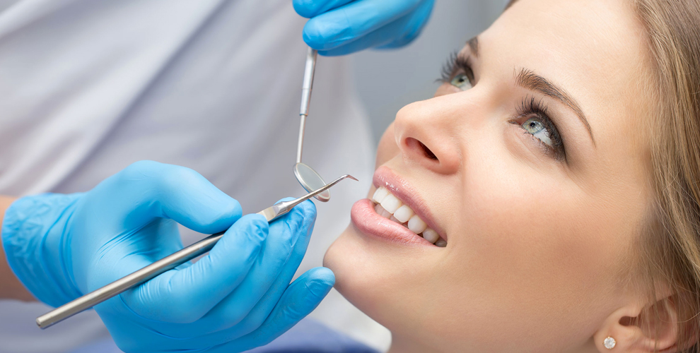 Эстетическая реставрация зубов и установка коронки в клинике «Светлана»