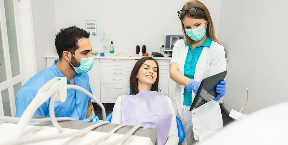 Foxdent: фотопротокол полости рта,установка коронки иимплантата