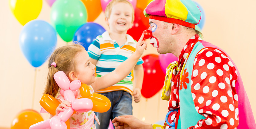 """Проведение праздников, детское экспресс-поздравление, шоу пузырей-гигантов от студии праздника """"Тутти-Фрутти"""""""